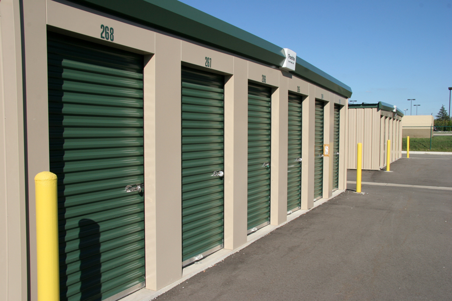Delta Self Storage has climate controlled and clean, dry standard units for your household and business storage.